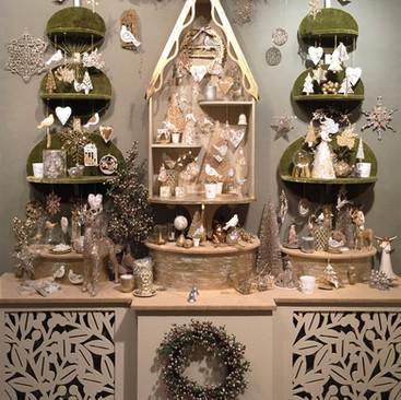 Cream & Gold Garden - Christmas Display