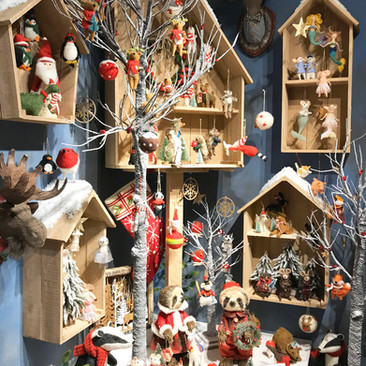 Winter Bird Houses - Christmas Display