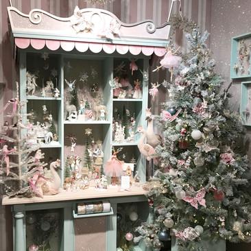 Victorian Pastel - Christmas Display
