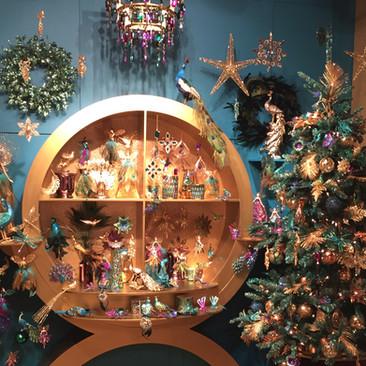 Art Deco - Christmas Display