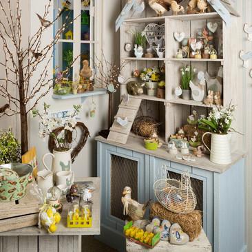 Chicken Coop - Easter Display
