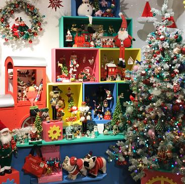 Santa's Toy Train - Christmas Display