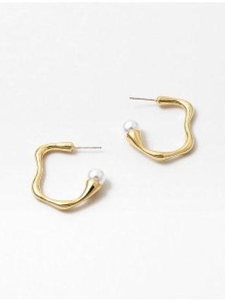 Tami Hoop Earring