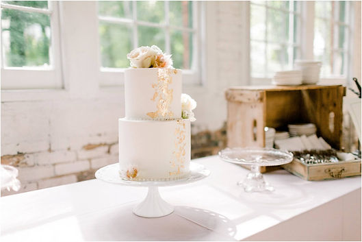 cake gold 2 tier lace.jpg