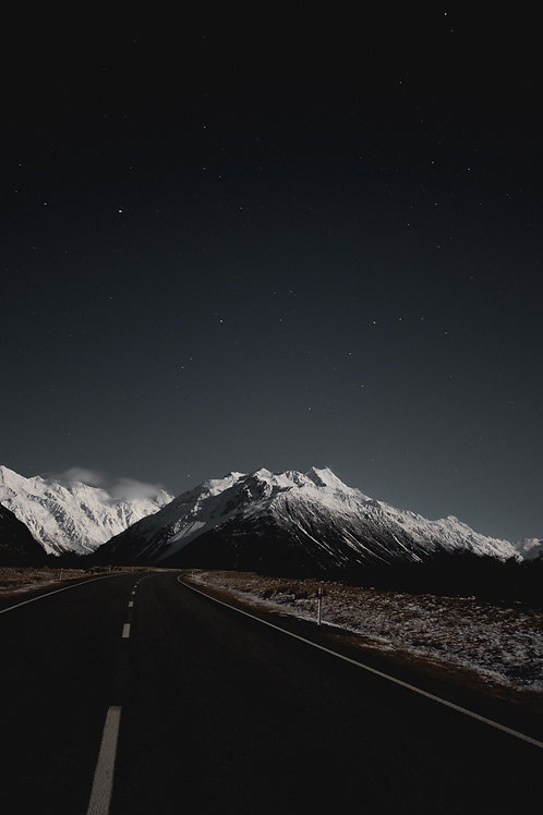 Astro at Mount Cook Print