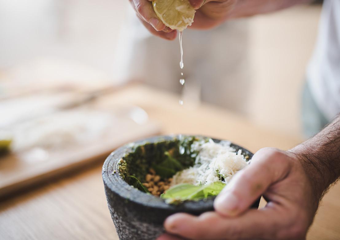 אסף בן משה אור קפלן, צלם אוכל ותרבות, הכנת פסטו