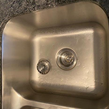 Kitchen Sink Drain right side