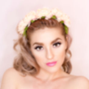 woman-in-pink-lipstick-734483.jpg