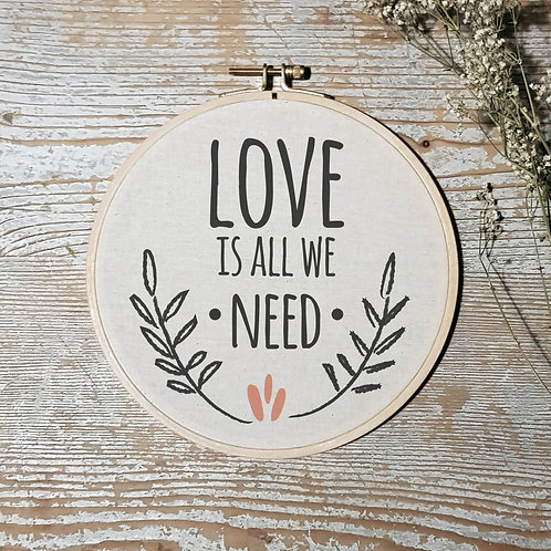cadre tambour bois all we need is love