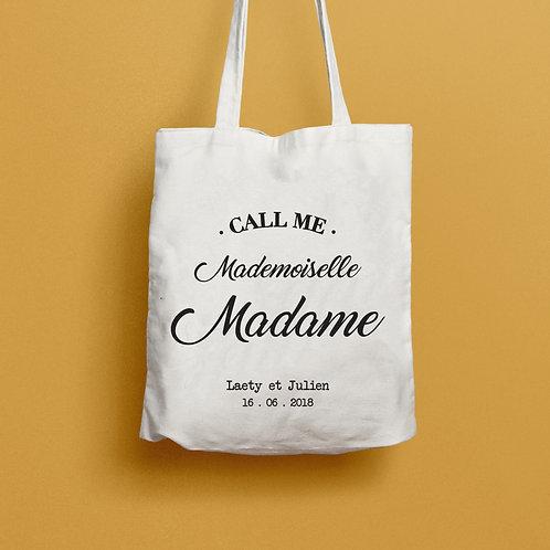 tote bag call me madame, sac mademoiselle madame, sac evjf, sac mariage, cadeau témoin, luz et nina