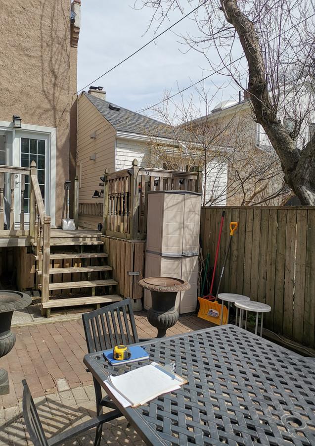 Modern Backyard Living