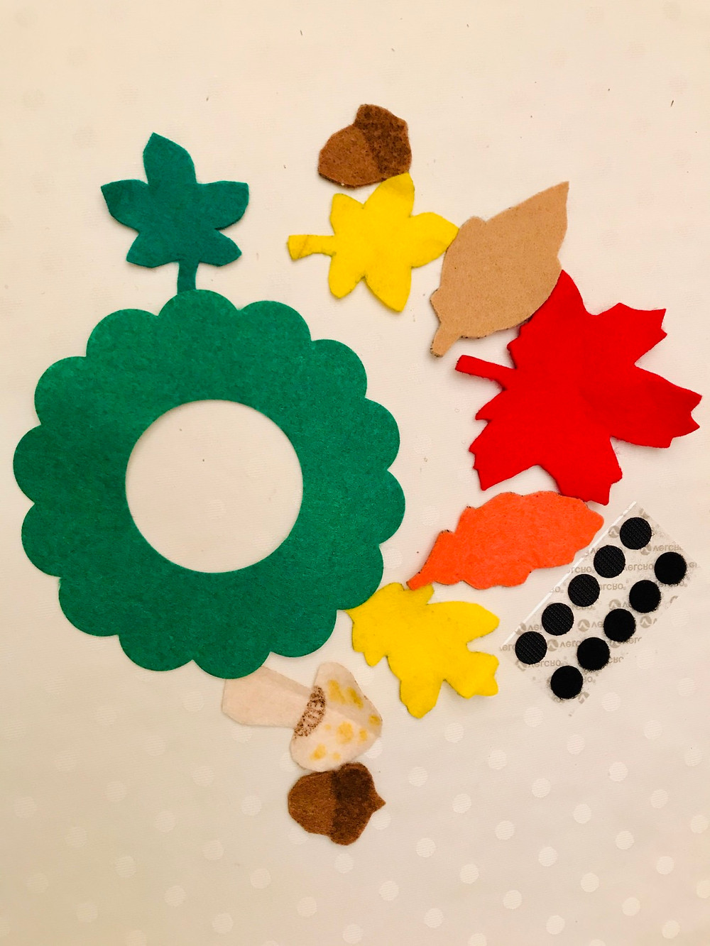 Material required for Fall wreath