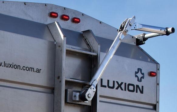 Luxion-3.jpg