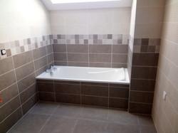baignoire carrelage salle de bain