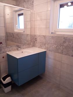 salle d'eau aspect béton