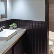 1st Floor Bath.jpg
