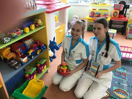 Praxe žákyň 3. C na dětském oddělení Nemocnice Třebíč - březen 2020