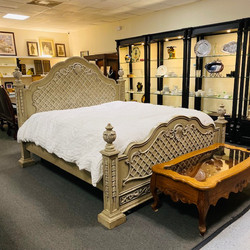 Biltmore Collection Bedroom Set