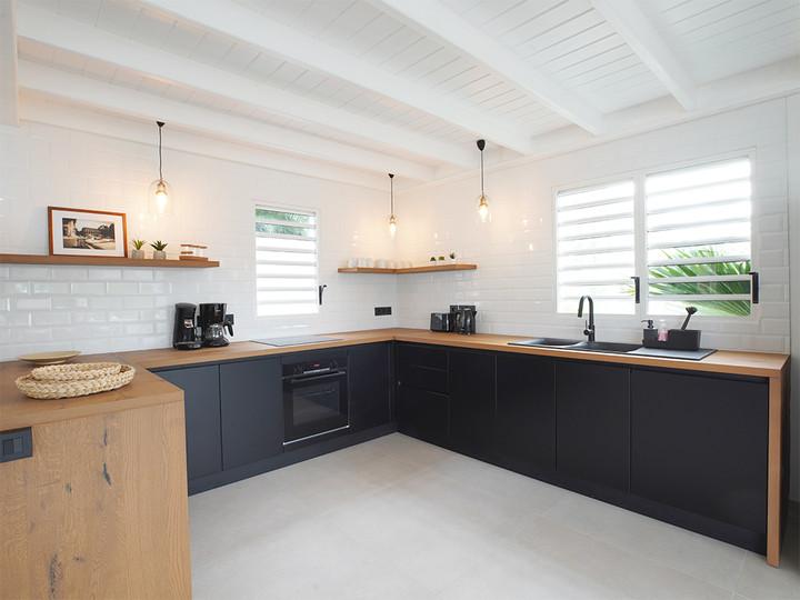 alexi kitchen 5.jpg