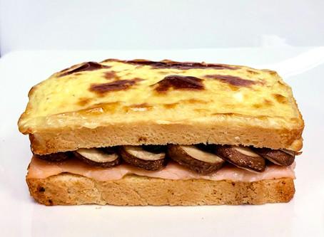 Recette #15 Croque monsieur au saumon et champignons de Paris, crème au fromage de chèvre frais