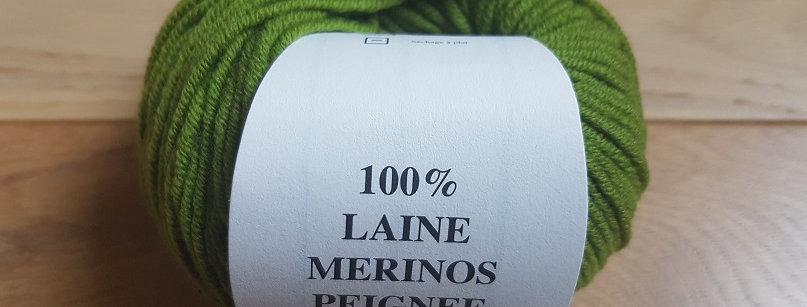 Pelote verveine 100% Mérinos peigné Aig 3.5/4