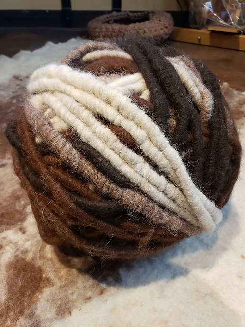 Alpaca Rug Yarn- Variegated Dark