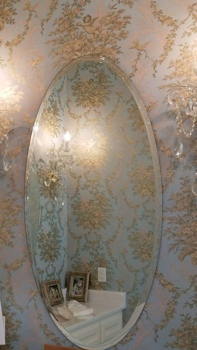 Bevel mirror