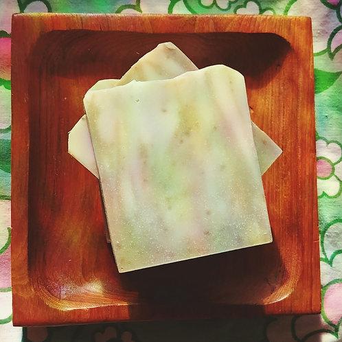 Frankincense + Bentonite Clay Cleansing Soap Bar