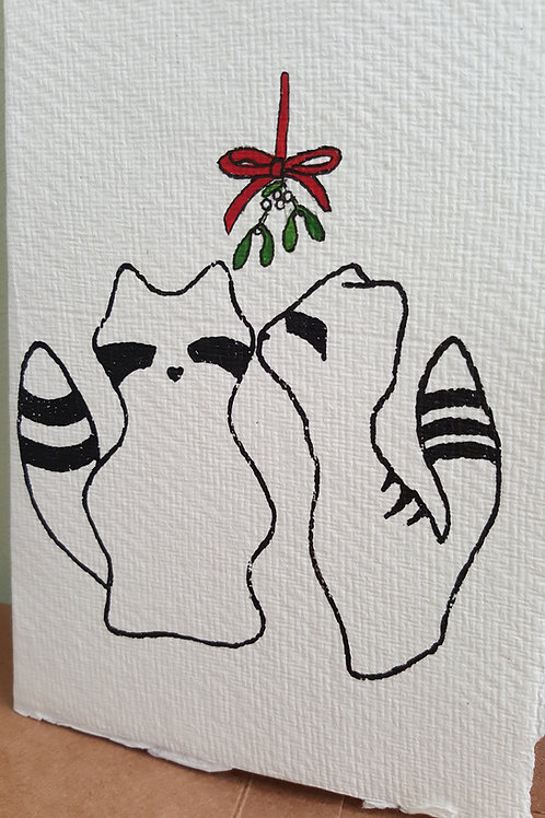 Maccoons Card - Mistletoe kisses
