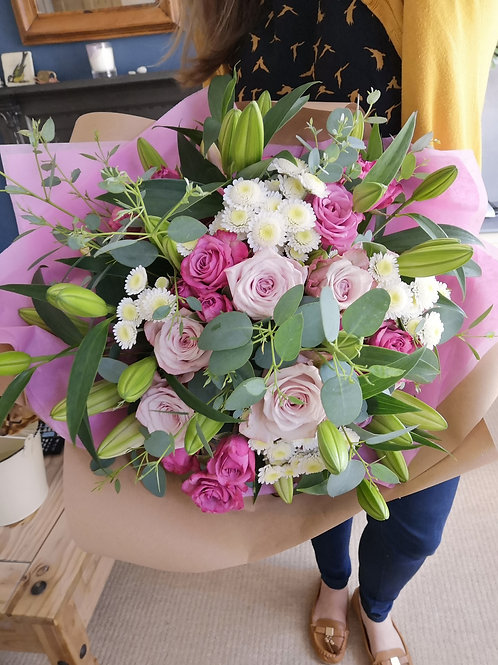 Pastel Lilies and Roses