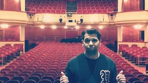 Seit Januar 2019 darf ich immer wieder kleine Rollen auch ua. im Wiener Burgtheater übernehemen