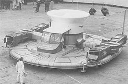cockerell hovercraft.JPG