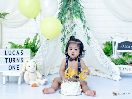 White & Green Prebirthday Themed Baby Photos