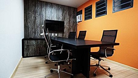 Sala de Reunião para até 6pessoas. Com infraestrutura completa: