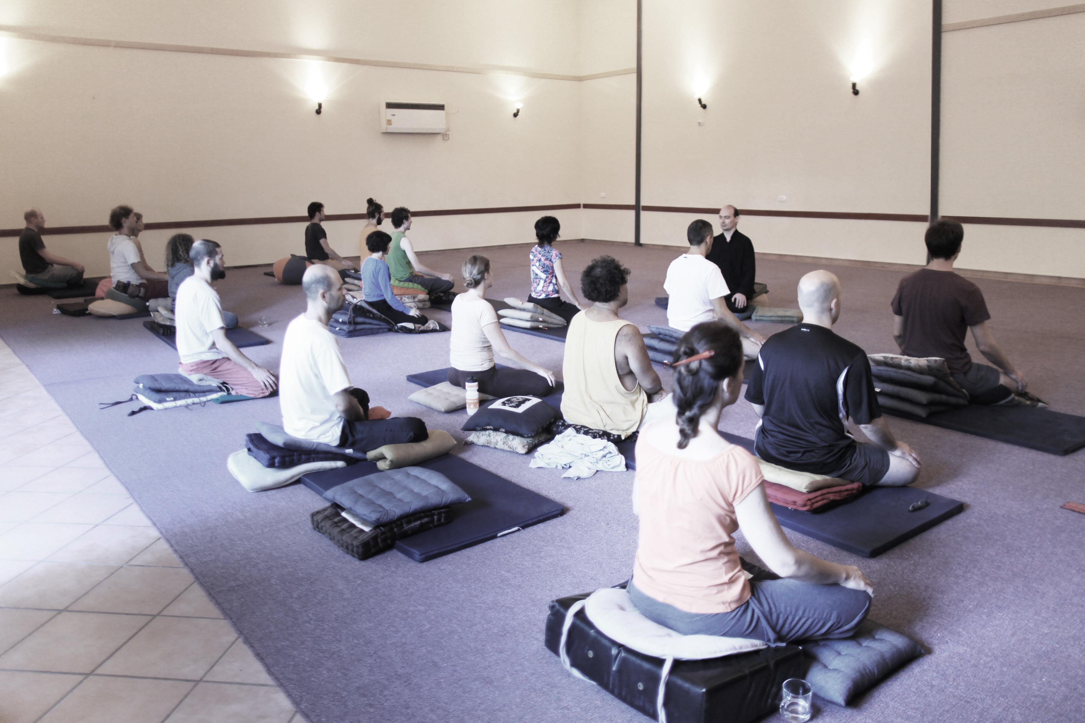 FREE MEDITATION & QIGONG CLASS