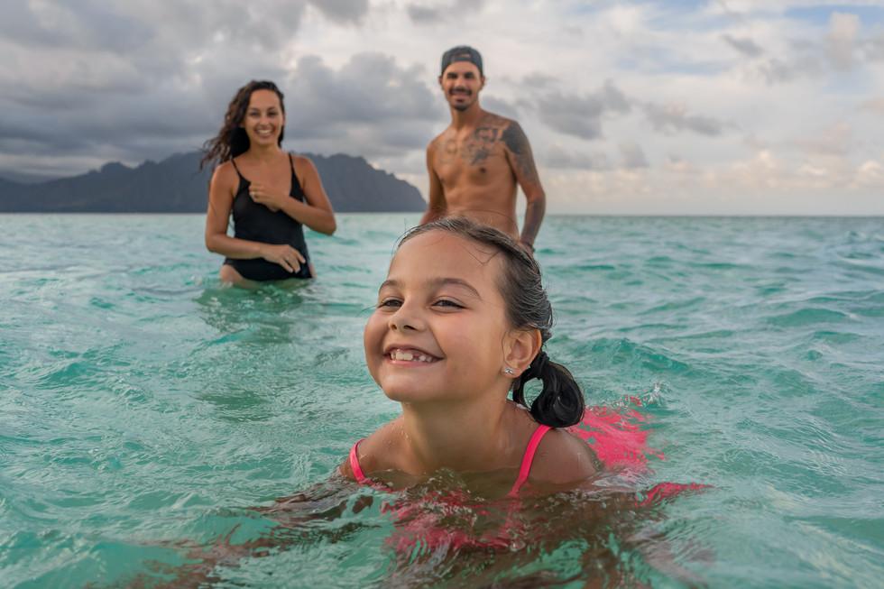 Family Portrait in Oahu, Hawaii