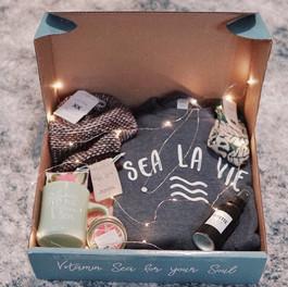 Coastal Co Winter Box