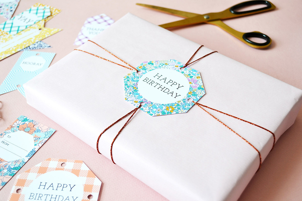 gift with happy birthday label