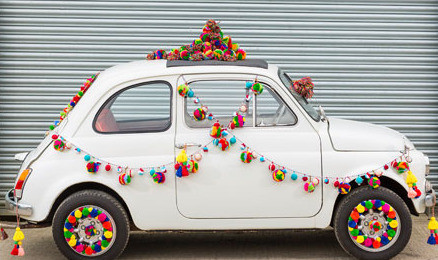 pompom garlands car