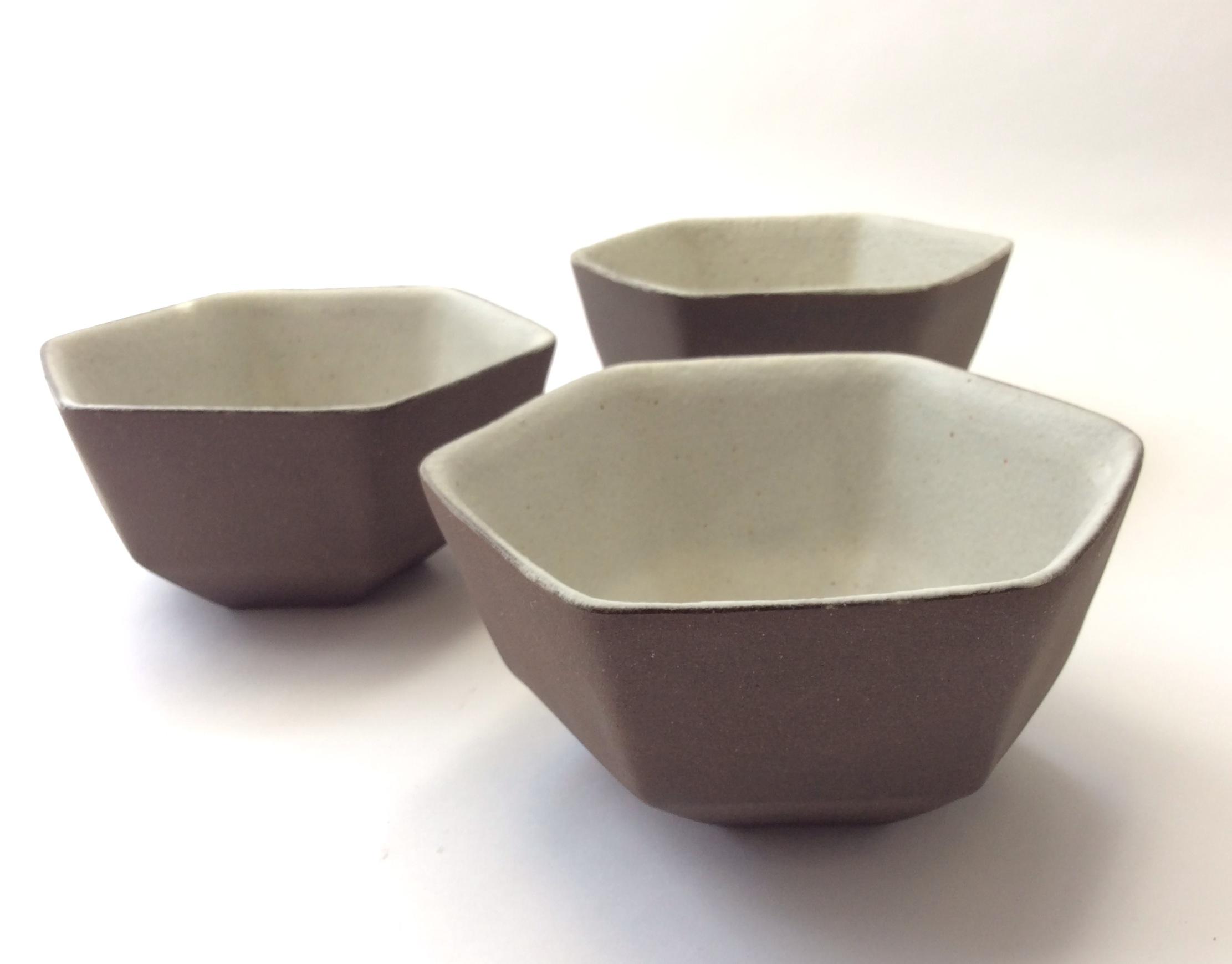 六角飯茶碗  Hexagonal bowl