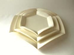 六角花皿 Hexagonal flower plate