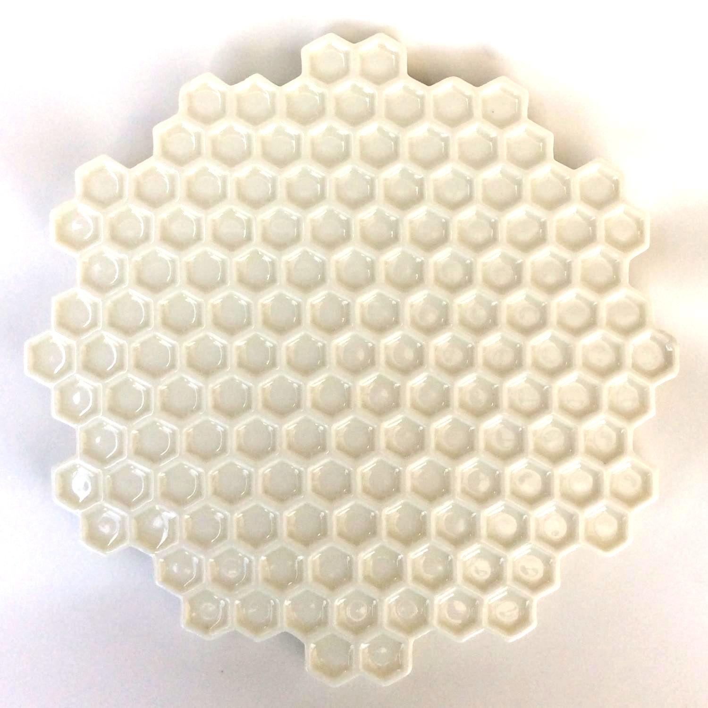 蜂の巣白皿(大)Honeycomb white plate(large)