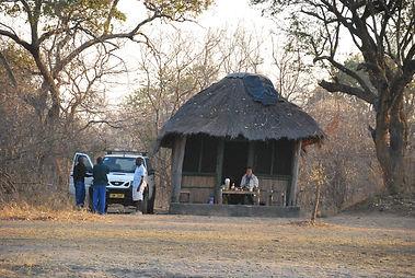 Malawian Tour - Hutte