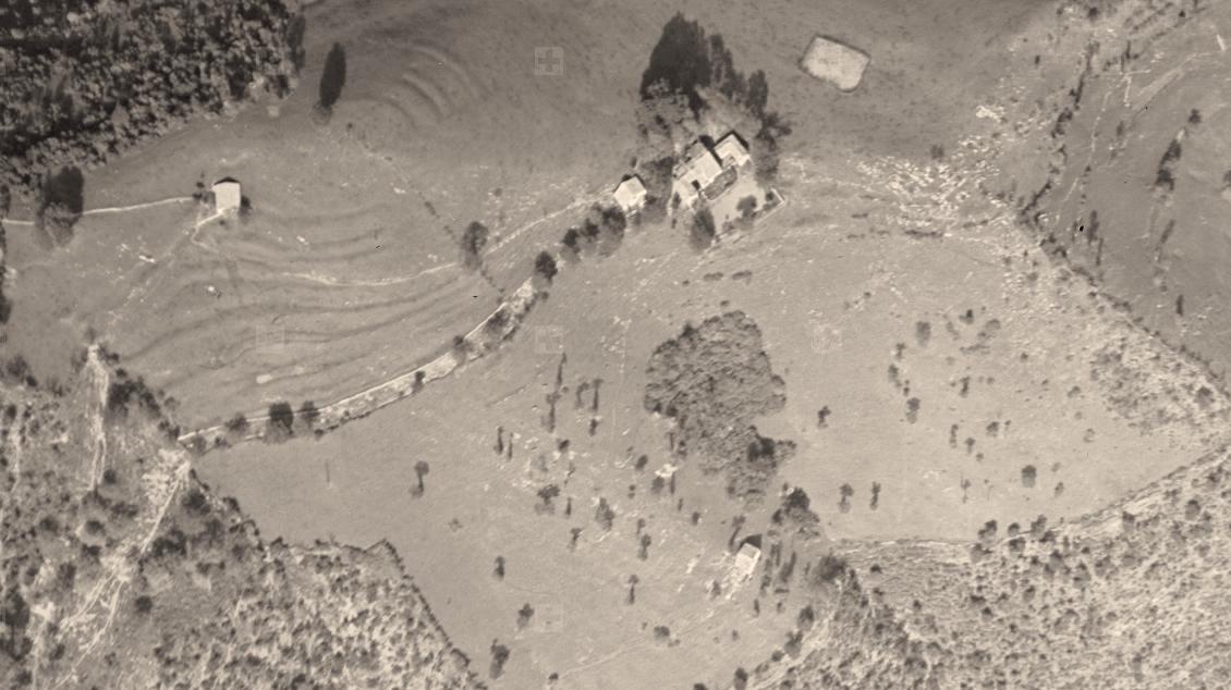 Pianspessa in una foto aerea del 1945.