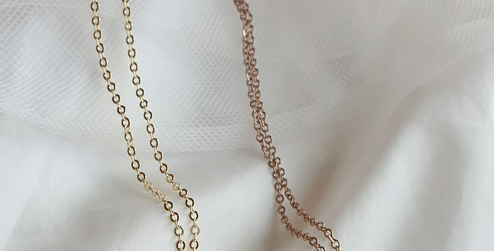 Remi Hammered Pendant Necklace