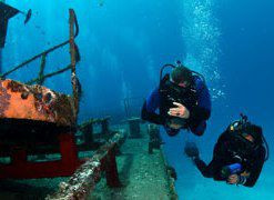 Wreck divers - Copy.jpg