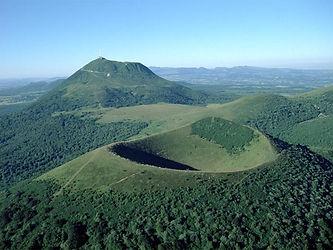 Volcans d'Auvergne Puy de Dome et le Pariou