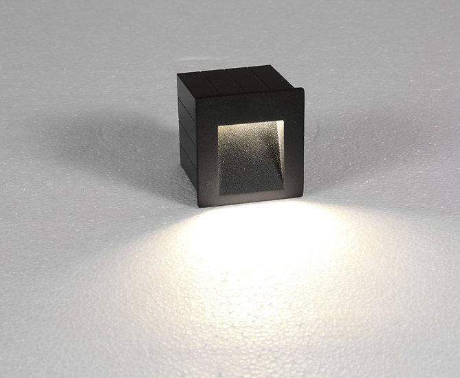 ZIDNA LAMPA NOWODVORSKI STEP LED