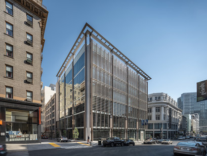 A slatted scrim system from MBH Architects breathes life into a historic San Francisco district