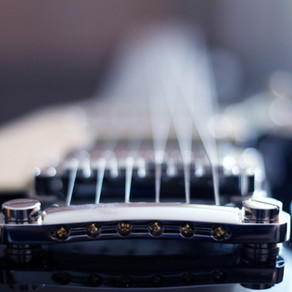 5 TOP AFFORDABLE ELECTRIC GUITAR IN INDIA.